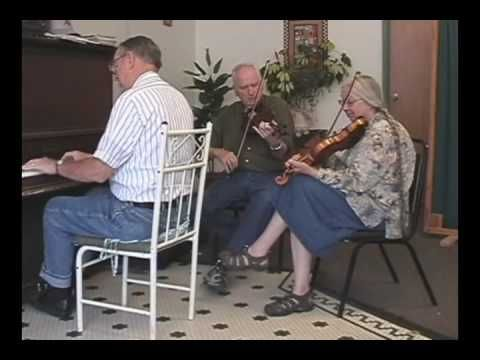 Peacock Rag - Vivian Williams, Howard Marshall, fiddles; Musial Wolfe, p...