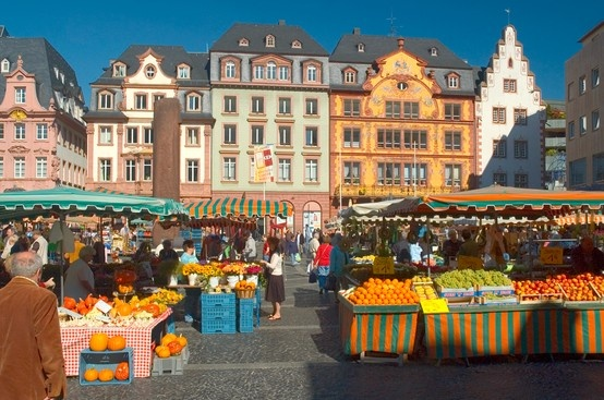 Mainz, Germany outdoor market.....Kyla loved  buying fresh veggies and fruits!