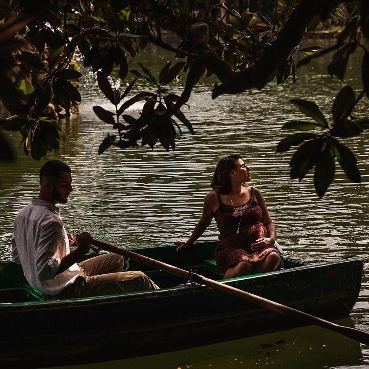 New life in autumn #giuvociphoto #autumn #lake #italy #roma #pregnant #gravidanza #lago #gitainbarca