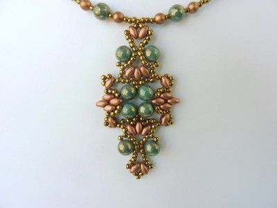 FREE beading pattern for Lotus Lace Pendant