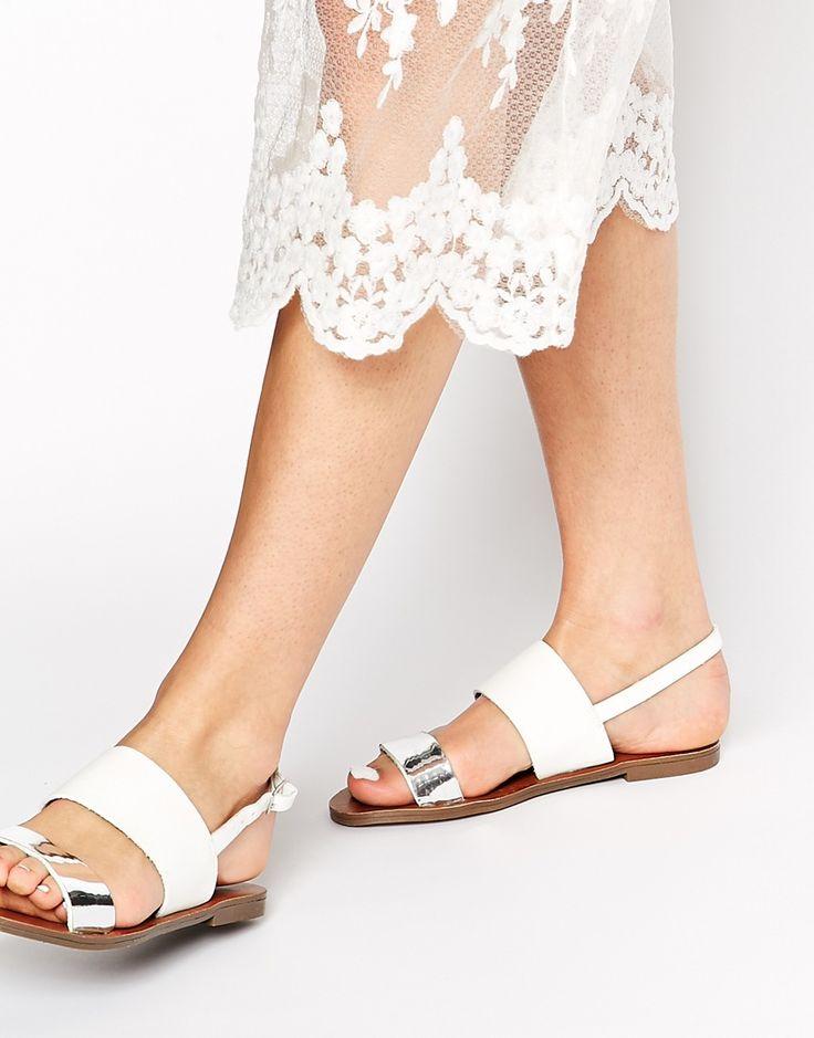 New+Look+Freshen+Double+Strap+Metallic+Flat+Sandals