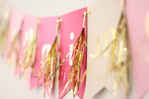 Create a banner with metallic tassel accents. #holidayentertaining