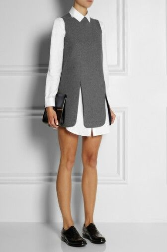 Minimalistic fashion: shapes and textures.