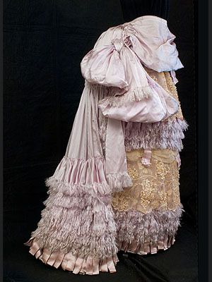 Couture quality bustle skirt,possibly Worth,c 1880. Photo via Vintage Textile.