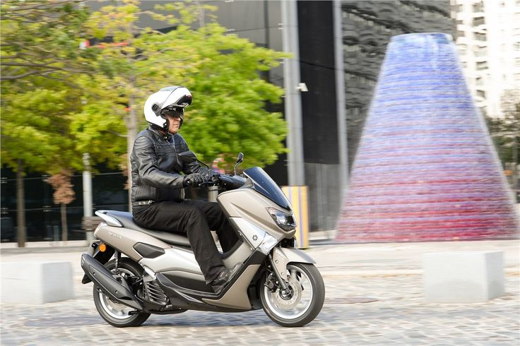Yamaha NMAX 125 - Urbana de Gema - Test drives - Andar de Moto
