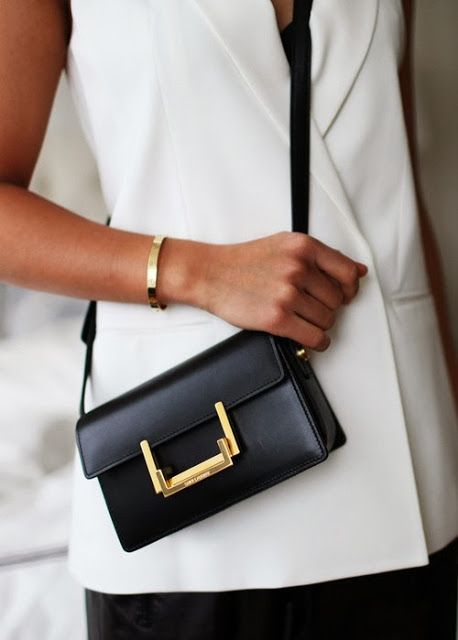 Fashion details | Comment: Clean+Crisp+Gold
