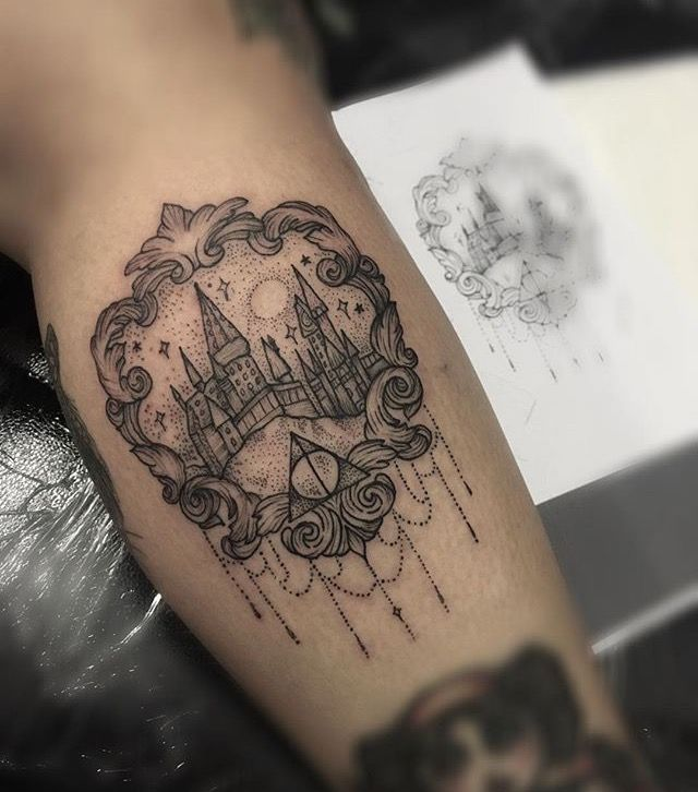 Harry Potter / Hogwarts inspirierte Tattoo von Medusa Lou Tattoo Artist – medusaloux@outlook.com