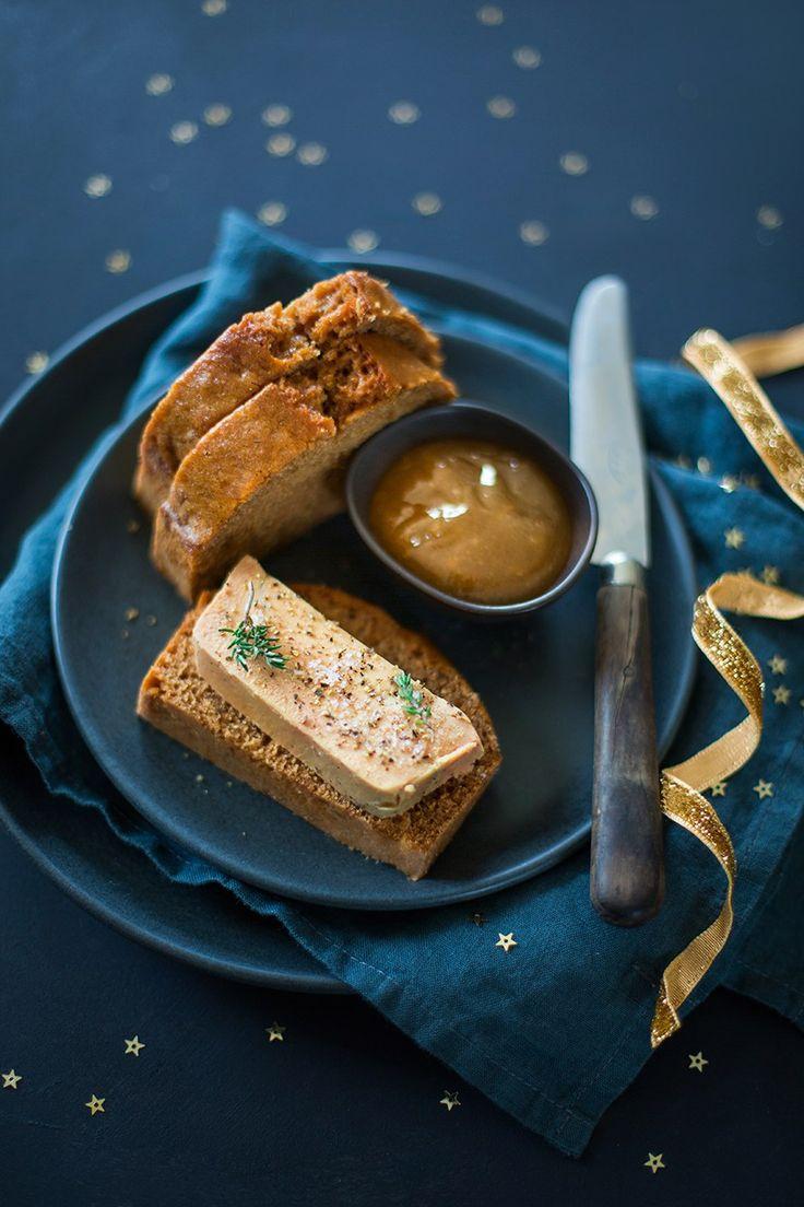 Terrine de foie gras, pain d'épices et confit de poires aux épices