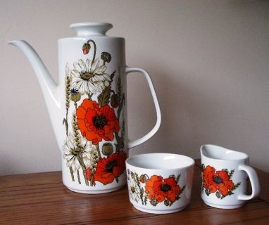Meakin coffee pot and cups