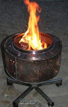 Mobile Feuerstelle aus Waschmaschinentrommel