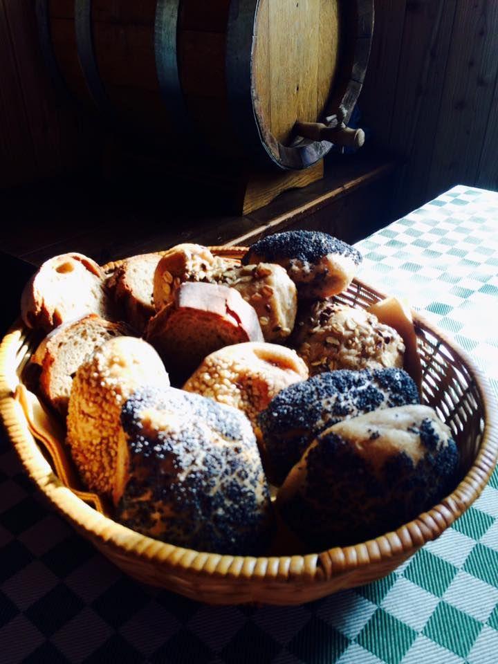 """Buoni Dentro  """"Non assumiamo persone per produrre pane, produciamo il pane per creare occupazione"""""""