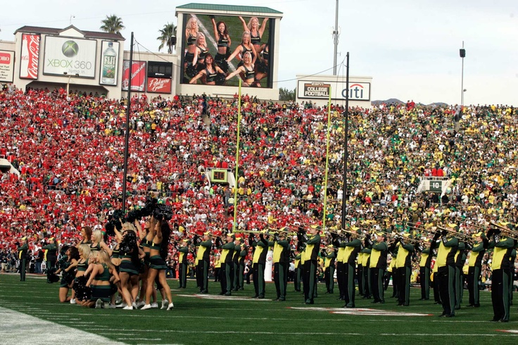 Picture in picture at the 2010 Rose Bowl Game. (Eric Evans photo)