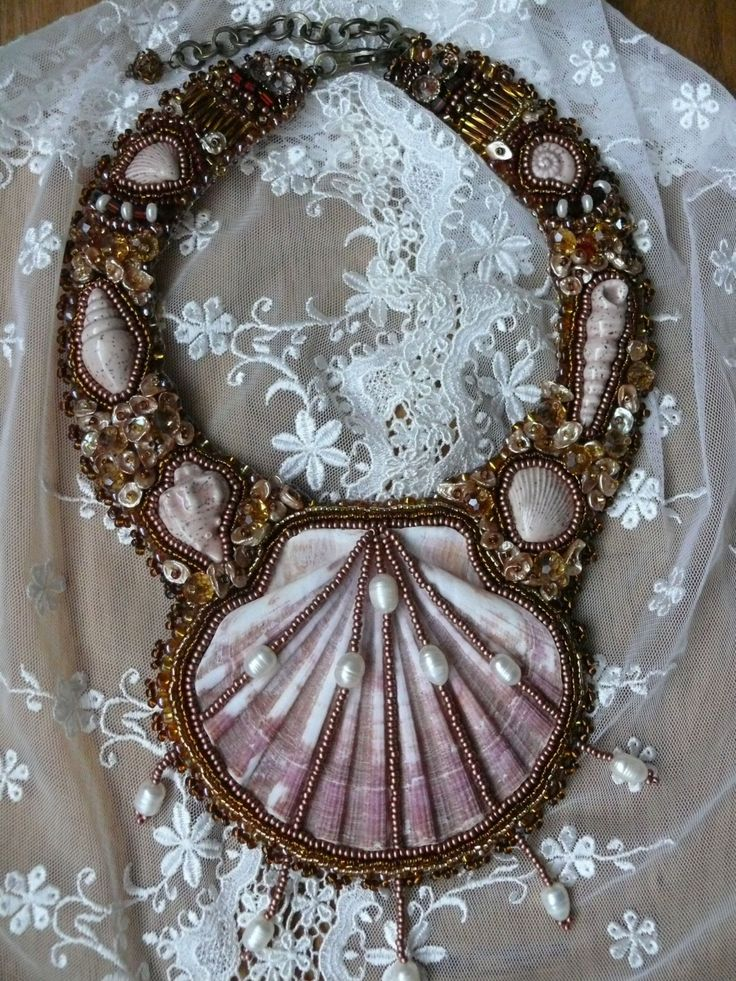 Bead embroidered necklace SHELL beadwork bead by MaewaDesign, €96.00