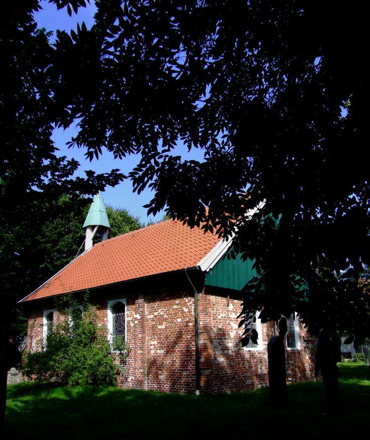 Auf Spiekeroog steht die um 1696 erbaute älteste noch erhaltene Kirche der Ostfriesischen Inseln.