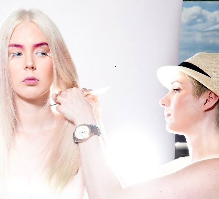 ARTISTS SALON & SPA - behind the scenes Bailey Hutchinson Collection 2015 with model Kirsten & stylist Maria Racco photo by Robin Gartner