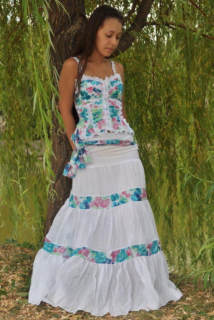 летние костюмы для женщин из батиста