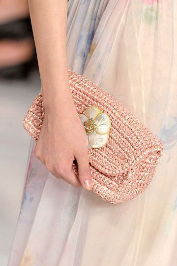 Ralph Lauren 2012, I could make this! Crochet clutch.. Mother of pearl and rhinestone pin, voila!