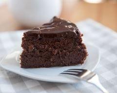 Gâteau au chocolat sans sucre : http://www.cuisineaz.com/recettes/gateau-au-chocolat-sans-sucre-27419.aspx