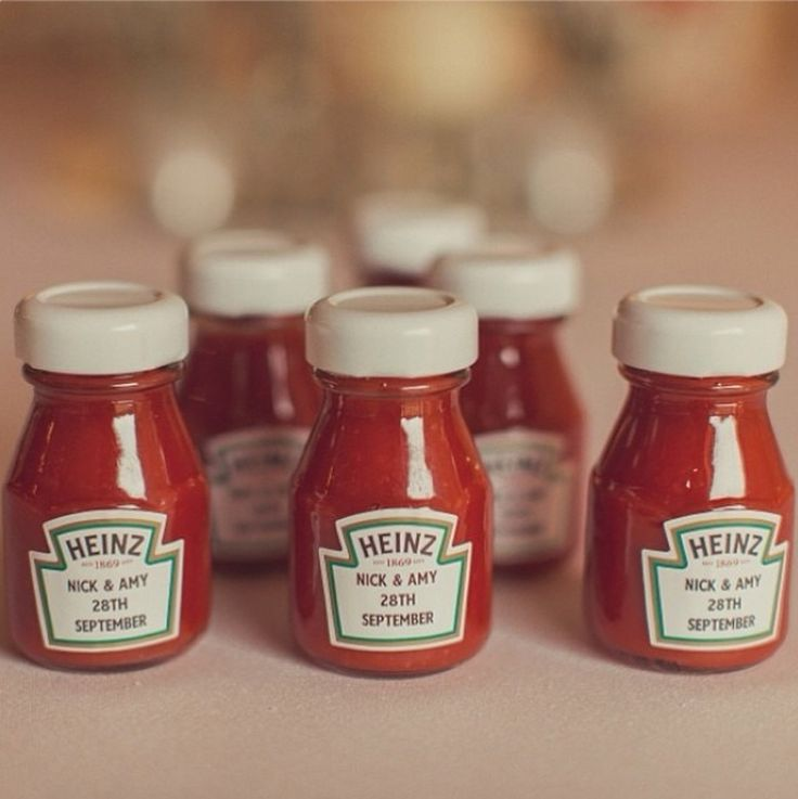 Do you have a strong love fro something that all your family and friends know and laugh about? Perhaps if, like this couple, you insist on having red sauce in everything, from your burgers to your mashed potato(!) this favour idea is ideal for you. Can also be used for mini bottles of booze!