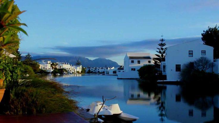 Sunrise at the Marina da Gama suburb - Muizenberg, Cape Town - South Africa #MarinadaGama #muizenberg