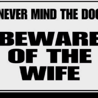 Hahahahaha! Hilarious! Haha!Laugh, Funny Dogs, Quotes, Funny Signs, Wife, Funny Stuff, Humor, Things, Beware