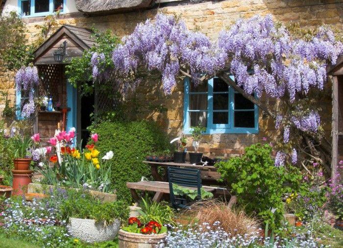 Дом в цветах. Галерея фото