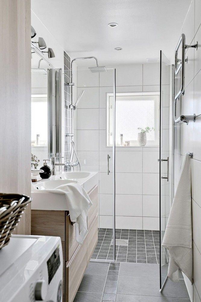 1000 id es propos de salle de bains troite sur. Black Bedroom Furniture Sets. Home Design Ideas