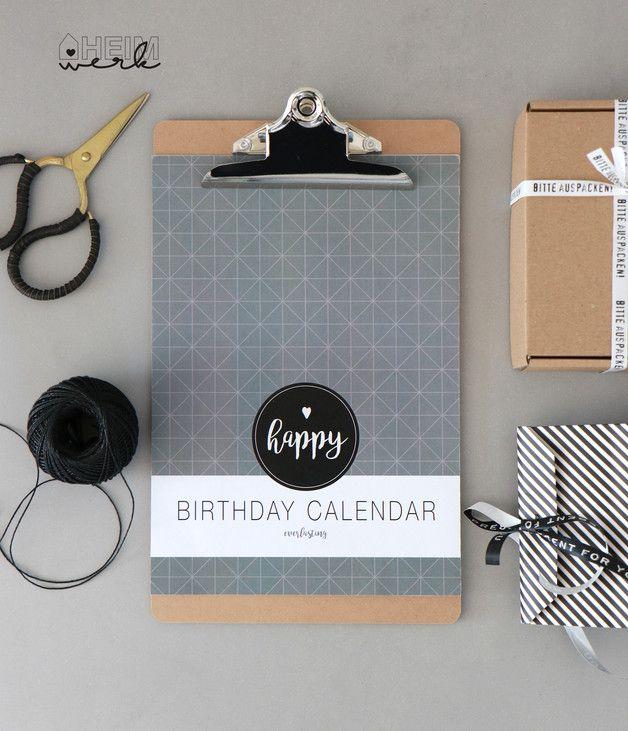 **Nie wieder Geburtstage vergessen! ** Liebevoll gestalteter & immerwährender Geburtstagskalender,  jetzt neu mit angesagten grafischen Mustern. Format: DIN A4 auf hübschem Klemmbrett,...