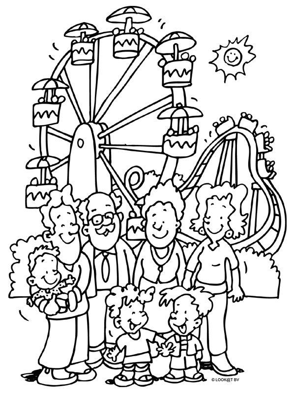 * Familie gaat naar een pretpark