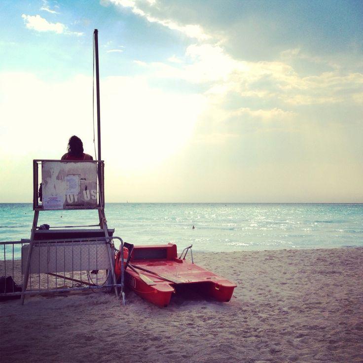 La solitudine di un bagnino (Spiagge Bianche)