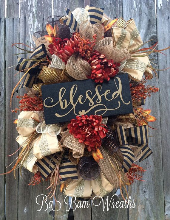 Fall Swag, Autumn Swag, Deluxe Fall Wreath, Fall Wreath, Fall Decor, Autumn Wreath, Autumn Decor Make your door/wall or entry and inviting welcome to the warm colors of Autumn. A Stunning Fall beauty, each material used to create this head turner is rich in fine details! A rustic mix of cream white, black, gold, copper orange and burlap makes such an inviting statement for Fall! Made on a wired pine frame and filled with a gorgeous assortment of burlaps, rich plaid pattern burlap ribbon...