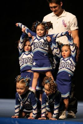 A safe stunt for young cheer leaders