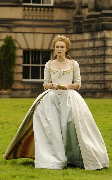 Keira Knightley as Georgiana, Duchess of Devonshire in 'The Duchess' 2008. That liner makes this dress delicious!