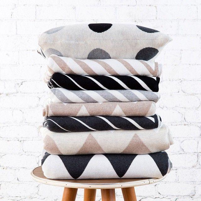 Uimi - Australian Made Knitwear - Summer 15 www.uimi.com.au