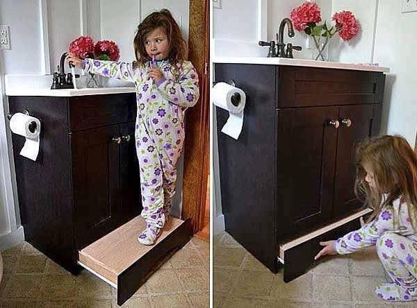 This built in is great so they can't fall off of a too tall step that can wobble if they're acting silly and an awesome space saver