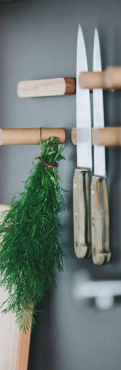 Messerhalterung einer WALDEN Holzküche