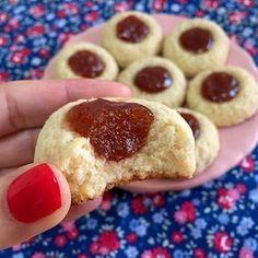 Pepas SIN GLUTEN con mucho dulce de membrillo. De esas recetas simples y riquísimas!!