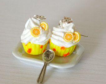 Neón amarillo aretes lindo miniatura de la magdalena del kawaii Polímero arcilla postre dulce aro