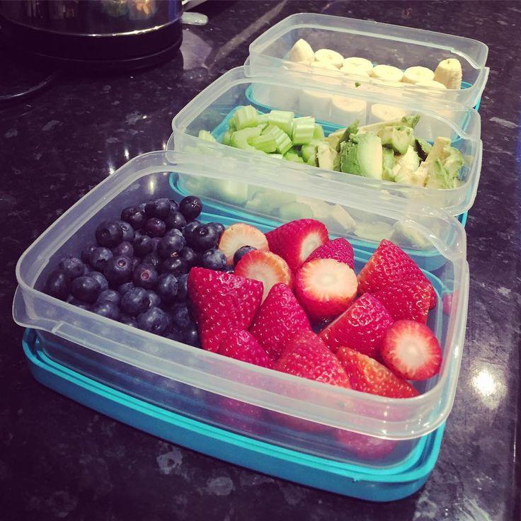 Prepping like a boss 💪🏻 - - #vegan #vegetarian #dairyfree #rawvegan #fruit #foodprep