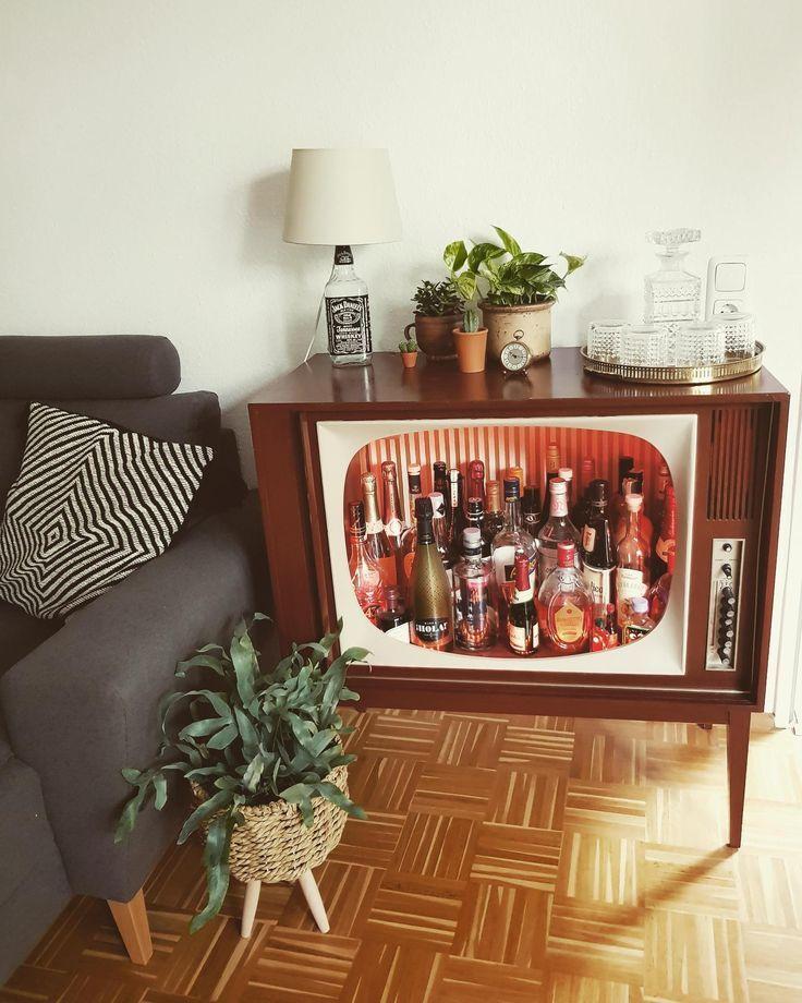 DIY der Extraklasse – eine coole Retro-Bar haben wir selten gesehen und sind