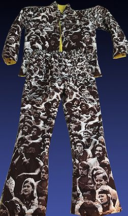 Glad to obtain this highly unusual and uncommon 1970s WOODSTOCK Print Ski-Wear by SWING WEST. Have various pieces utilizing this iconic Woodstock 1969 festival crowd fabric - but have never seen ski-wear before. I wonder if there were any produced with the purple fabric? Appears to have been reverseable in case it was snowing / sleeting... #woodstock #1969 #1960s #SwingWest #skiing #Ski-Wear #1970s