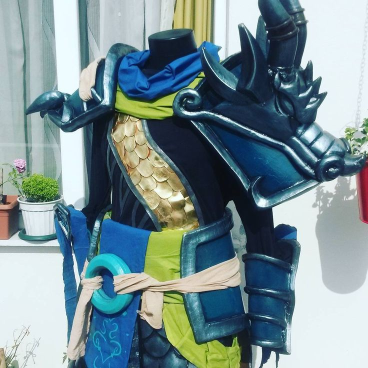 Today's fun. My warring kingdoms xin zhao cosplay from league of legends.