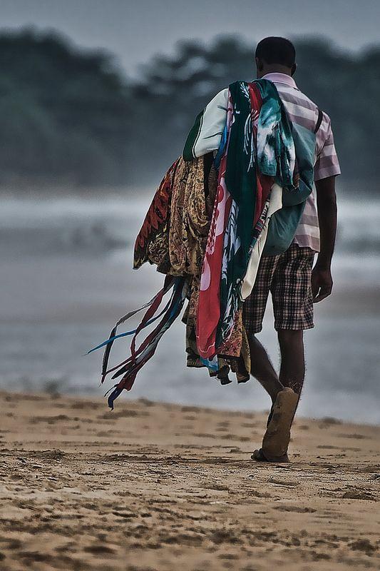 Street seller, Beruwala, Sri lanka #SriLanka #Beruwala