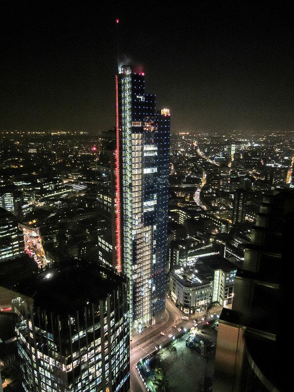 London at night (Heron Tower)
