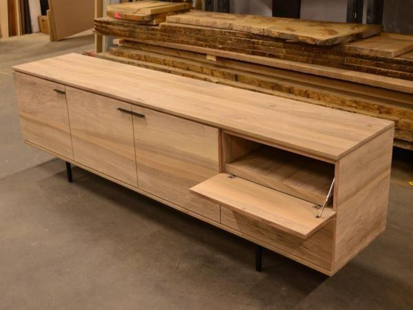 Kast Poten Rvs : Lage dressoir kast in franse notelaar fineer en massief houten