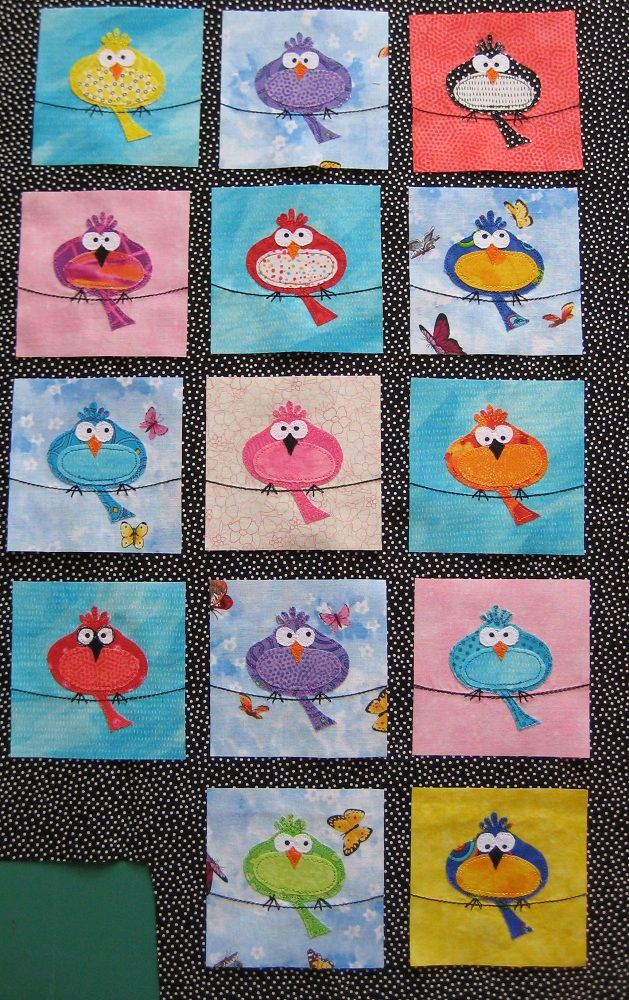 bird blocks -- love the birds on this quilt! Individual blocks would be cute as mug rugs, placemats, or wall hangings. #mixedmedia #art