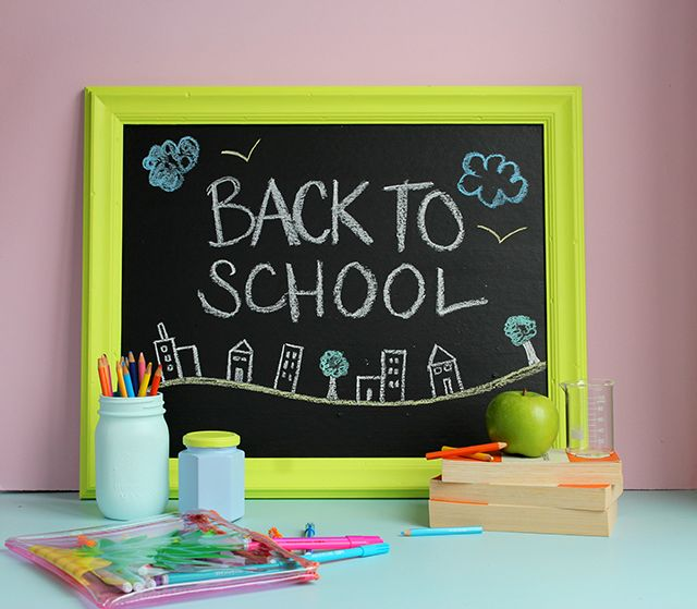 Back to School mini-blackboard. Check out our how-to.