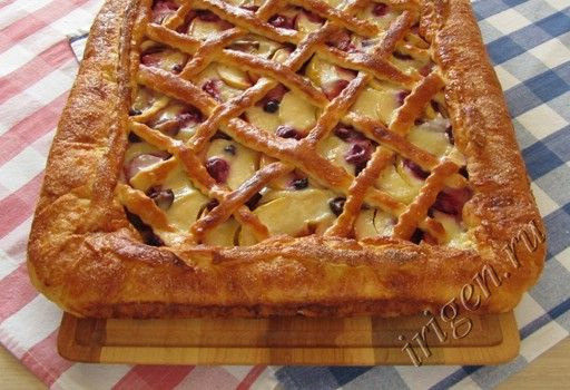 Сладкие булочки и пироги из слоёного теста