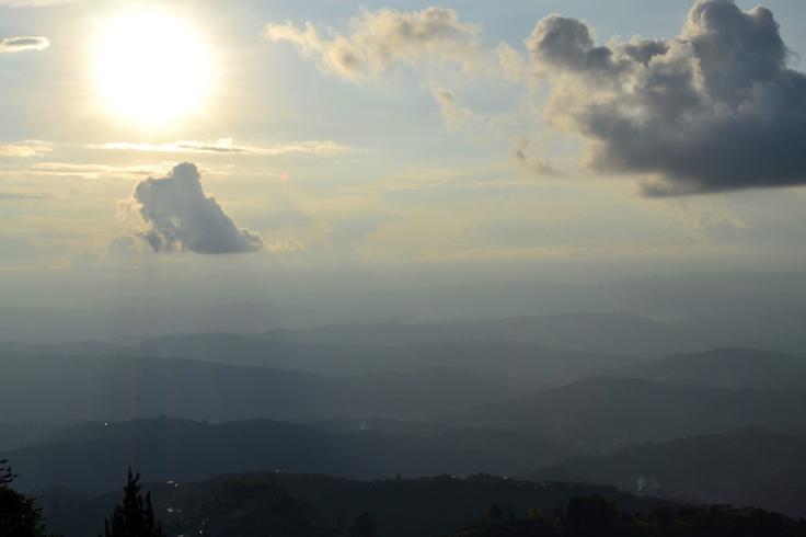 atardecer en la montaña