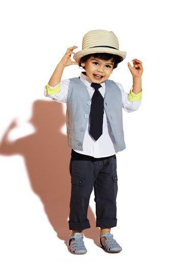 Mode cortège Kiabi : tenue de cérémonie Kiabi 2013 - mode enfant spécial cortège: robes et costumes enfant